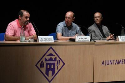 Víctor García Correas, durant la seva intervenció (foto: Ajuntament de Rubí – Localpres).