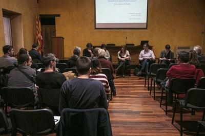 La reunió del Consell Escolar Municipal ha comptat amb la participació dels regidors Marta García i Sergi Garcia (foto: Localpres).