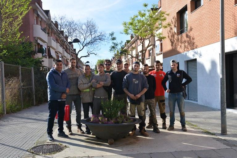 El regidor d'Obra Pública, Juan López, ha agraït la feina feta als estudiants francesos (foto: Ajuntament)