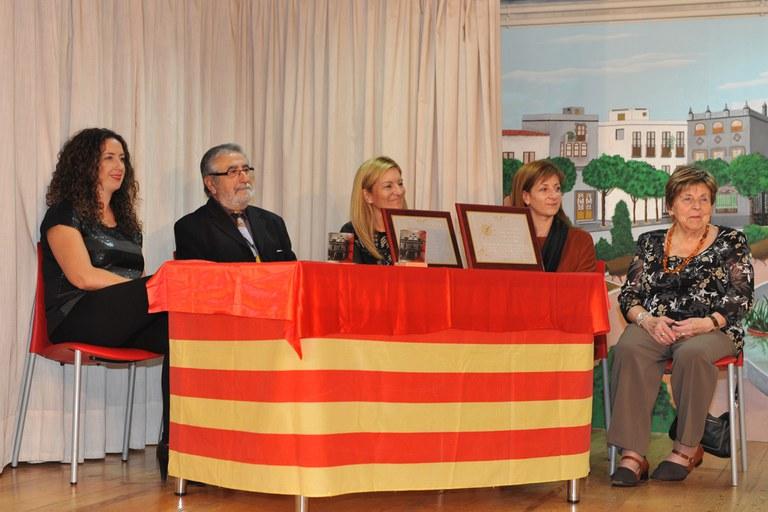 L'alcaldessa, Ana María Martínez, i la regidora de l'Àrea de Serveis a les Persones, Marta Garcia, han presidit l'acte (foto: Localpres)