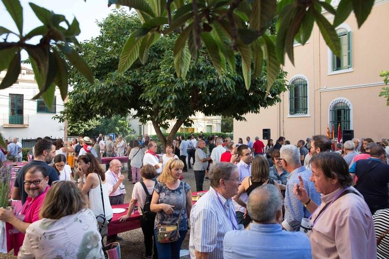 La recepció ha tingut lloc als jardins de l'Ateneu (foto: Localpres)