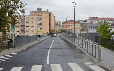 El pont ja torna a estar obert a la circulació.
