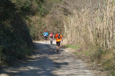 La travessa es pot realitzar tant caminant com corrent (foto: Centre Excursionista de Rubí).