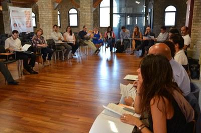 Representants de 22 empreses s'han donat cita a la Masia de Can Serra.