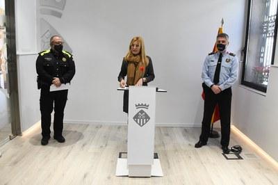 D'esquerra a dreta: Oriol Sànchez Vidal, Ana María Martínez Martínez i Carlos Otamendi Fornieles (foto: Ajuntament de Rubí – Localpres).
