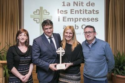 L'alcaldessa i els regidors Marta García i Rafael Güeto, amb el director general de Campos Estela (foto: Ajuntament de Rubí – Lali Puig).
