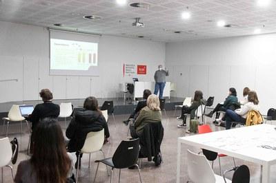 Les sessions de treball es fan a la Biblioteca Municipal Mestre Martí Tauler (foto: Ajuntament de Rubí - Localpres).