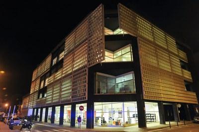 Les aules d'estudi s'ubiquen a la Biblioteca Municipal Mestre Martí Tauler (foto: Localpres).