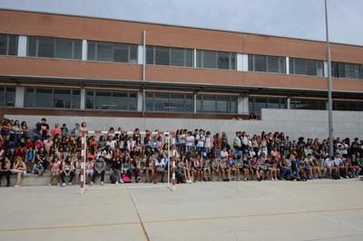 Els alumnes de l'INS L'Estatut (foto: Localpres)