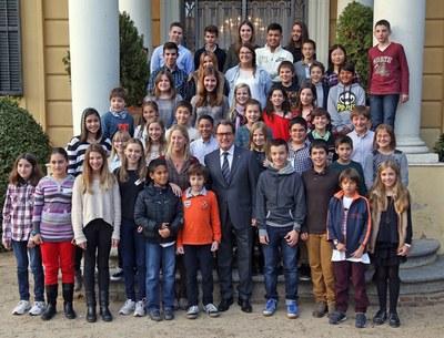 El president i la consellera de Benestar Social i Família amb els membres del CNIAC (foto: Generalitat).