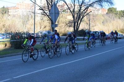 Els participants al Duatló realitzaran 40 quilòmetres en bicicleta, a banda de dos trams més corrent (foto: Localpres)