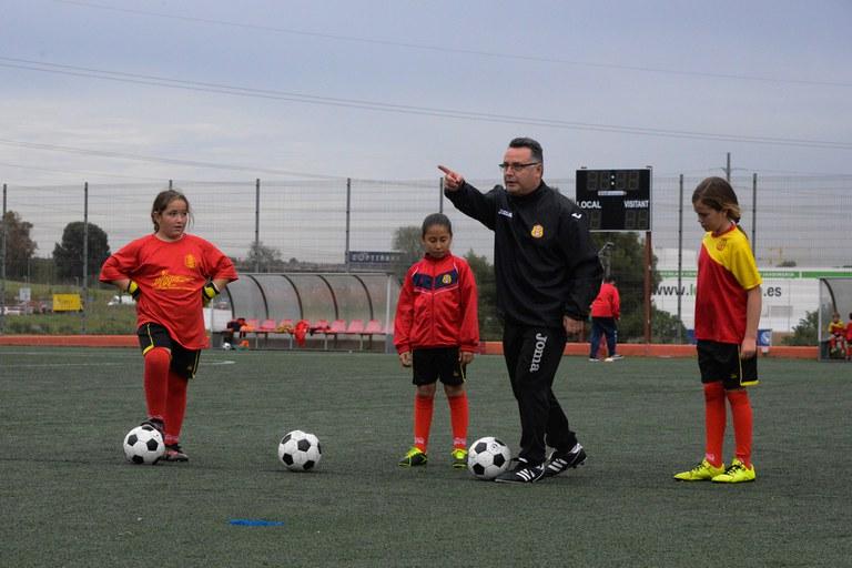 El CF Juventud 25 de Septiembre treballa intensament el futbol femení (foto: Localpres)