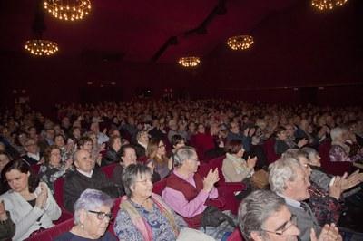 La Sala es va omplir pel 40è aniversari del Casal (foto: Localpres)
