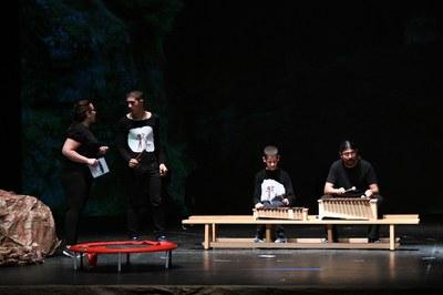 Un dels moments de l'actuació (foto: Localpres).
