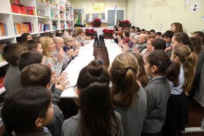 Durant la trobada, s'han cantat nadales i explicat contes (foto: Ajuntament de Rubí - Localpres).