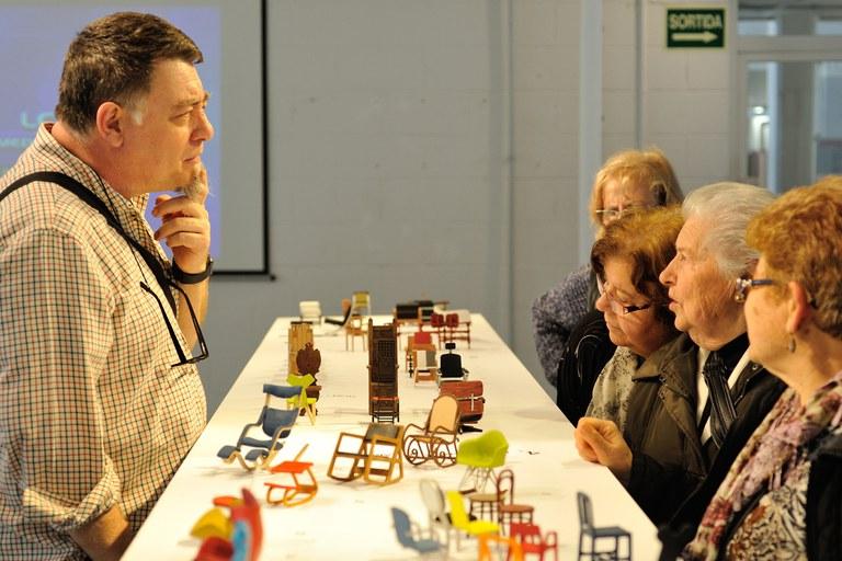 Els consellers han rebut una explicació de l'exposició (foto: Localpres)