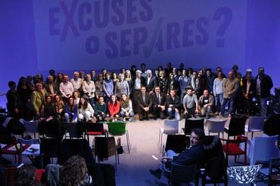La campanya 'Excuses o separes' s'ha presentat aquest dilluns amb la presència de diversos actors implicats (foto: Lali Álvarez).