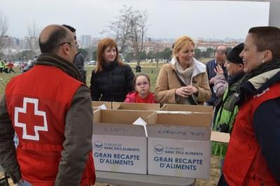 Durant el Cros s'ha dut a terme una recollida d'aliments (foto: Localpres)