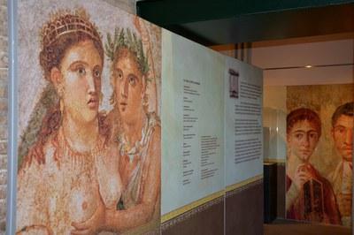 Entrada de l'exposició (foto: Ajuntament de Rubí).
