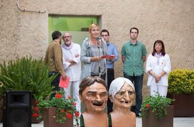 L'alcaldessa ha elogiat la tasca de la Colla de Geganters de Rubí durant l'acte d'inauguració (foto: Localpres).