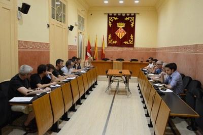 La Mesa de seguiment dels abocadors s'ha reunit aquest dilluns a la Sala de Plens de l'Ajuntament (foto: Localpres)
