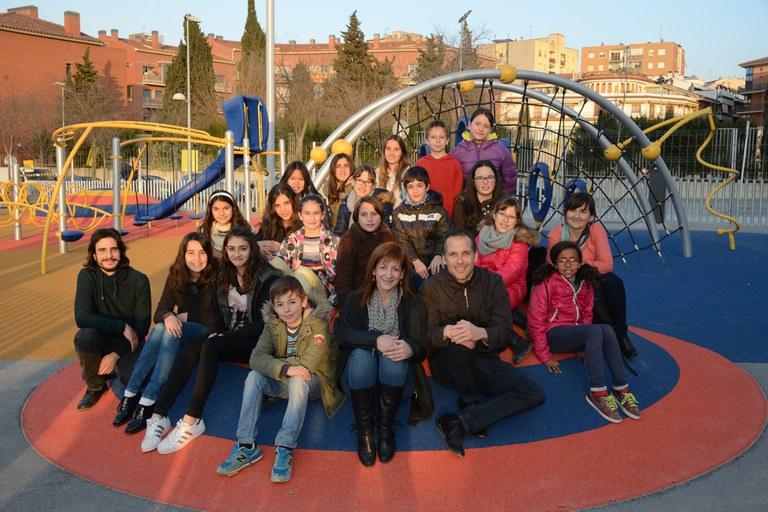 Els membres del Consell dels Infants han visitat el parc acompanyats de la regidora Marta Garcia i de tècnics municipals (foto: Localpres)