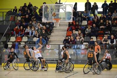 CE Global Basket UAB i CEM Hospitalet s'han enfrontat aquest dissabte a La Llana (foto: Localpres).