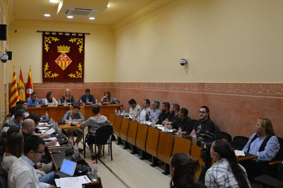 La sessió extraordinària per debatre les ordenances fiscals s'ha celebrat aquest dijous a la Sala de Plens de l'Ajuntament.