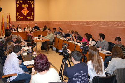 La sessió plenària ordinària corresponent al mes d'abril s'ha celebrat a la sala Enric Vergés.
