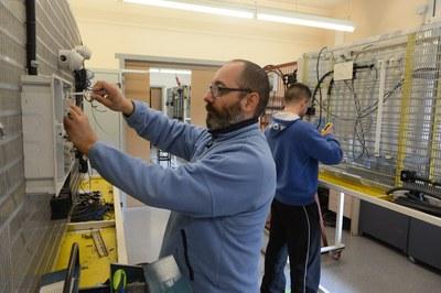 Els alumnes aprendran a projectar instal·lacions elèctriques (foto: Localpres).