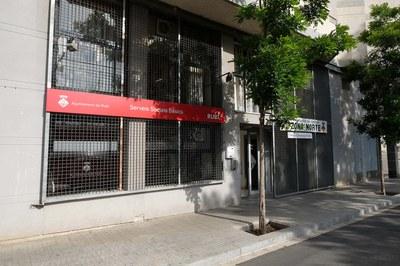 El Servei Municipal de Mediació Ciutadana està ubicat al c/ Maria Aurèlia Capmany, 32-34, baixos (foto: Localpres).