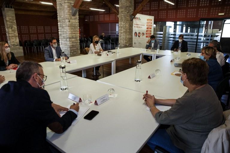 La reunió s'ha mantingut a la sala Fòrum (Foto: Ajuntament/Localpres)