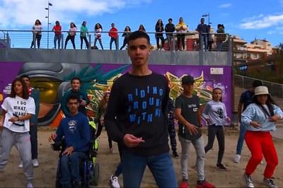 Diversos joves de Rubí es van implicar en la gravació del videoclip.