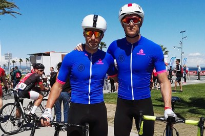 Els agents de la Policia Local de Rubí Gerard Vidal i Josep Soriano, durant la competició.