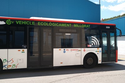 Els autobusos ja disposen de connexió wifi gratuïta i de càmeres de control d'accidents.