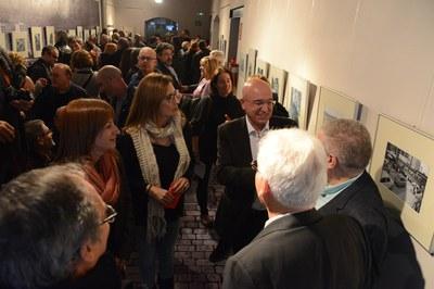 La inauguració de l'exposició ha comptat amb un gran èxit de públic (foto: Localpres).