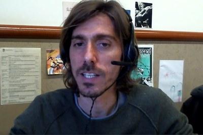 Andrés Di Masso durant la conferència, que s'ha fet en línia.