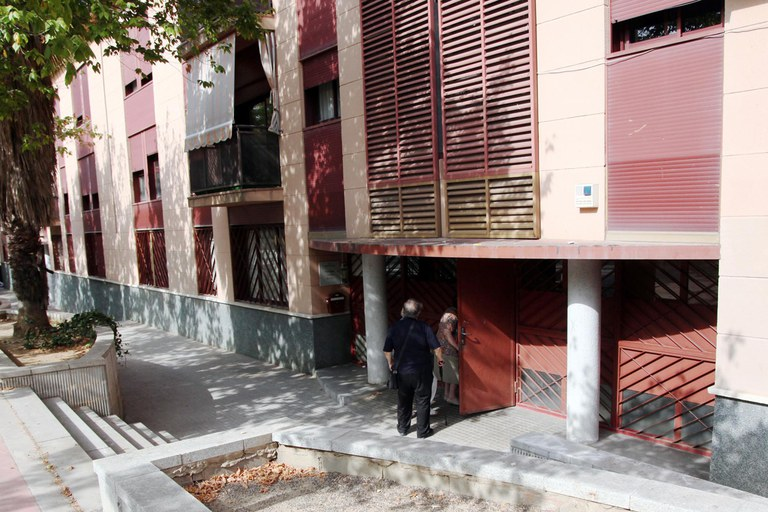 Els habitatges estan a la plaça Miguel Hernández (foto: Localpres)