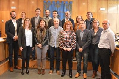 Representants d'una desena d'ajuntaments afectats per la paralització de les obres s'han reunit a Castellbisbal (foto: Ajuntament de Castellbisbal).