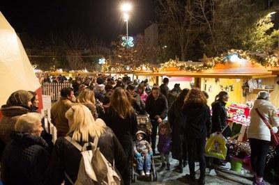 La Fira de Nadal es va omplir el primer cap de setmana (foto: Localpres)