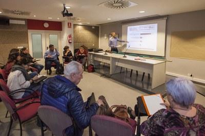Entitats i partits polítics s'han reunit al Rubí+D (foto: Localpres).