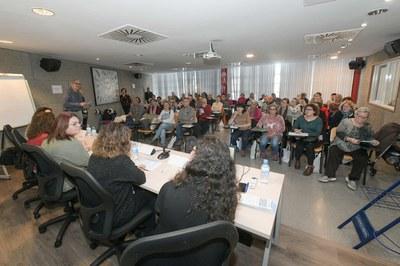 L'auditori de l'edifici Rubí Forma s'ha omplert amb la inauguració de l'Escola de Salut (foto: Ajuntament de Rubí – Localpres).