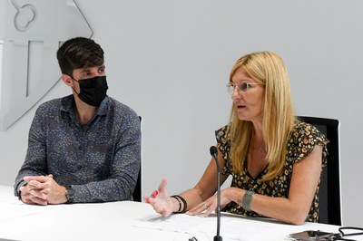 L'alcaldessa i el regidor de Promoció i Dinamització Cultural (foto: Ajuntament de Rubí – Localpres).