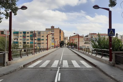 Durant la primera fase de les obres es col•locaran unes proteccions a banda i banda del pont (foto: Ajuntament).