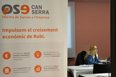 El Servei de Creació d'Empreses està situat a la Masia de Can Serra.