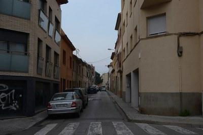 Les obres consistiran en la millora del col·lector d'aquest carrer i la posterior ampliació de les voreres (foto: Localpres).