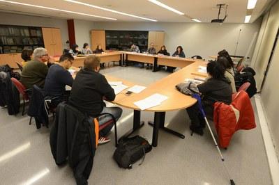 En la Mesa pel Dret a l'Habitatge estan representades entitats de la ciutat, grups polítics i la PAH (Foto: Localpres) .