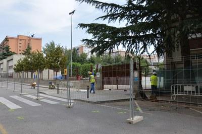 Les obres per reorganitzar aquest tram del carrer Monturiol s'han iniciat aquesta setmana.