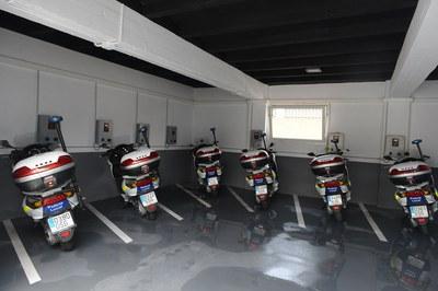 La instal·lació disposa de deu punts de recàrrega per a cotxes i motos elèctriques (foto: Localpres)