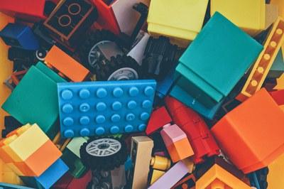 Les famílies sol·liciten especialment joguines per a la petita infància, bicicletes i jocs de construcció (foto: Ajuntament de Rubí).